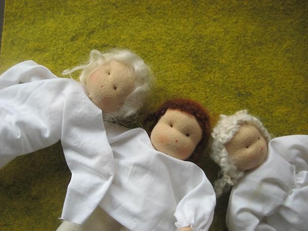 Vilt popjes niet afgemaakt voor de seizoentafel met Pinksteren