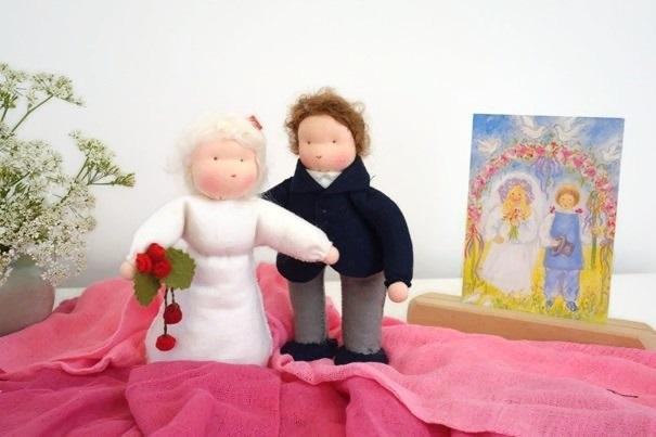 Bruid en bruidegom gemaakt van vilt